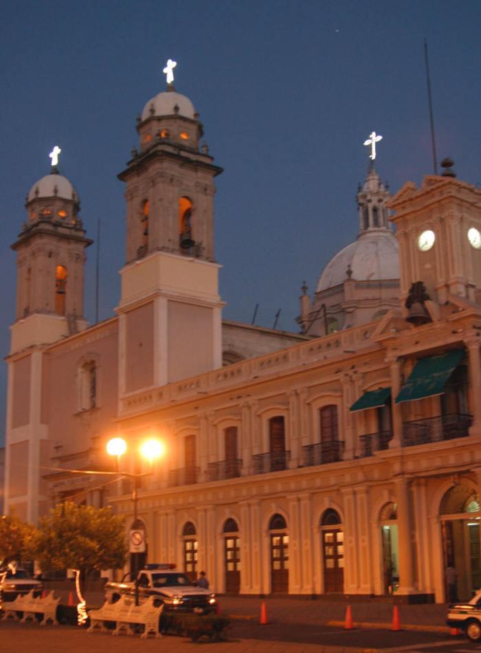 Imagen de la ciudad mexicana de Colima, donde se arraigó el amigo Oscar Adip